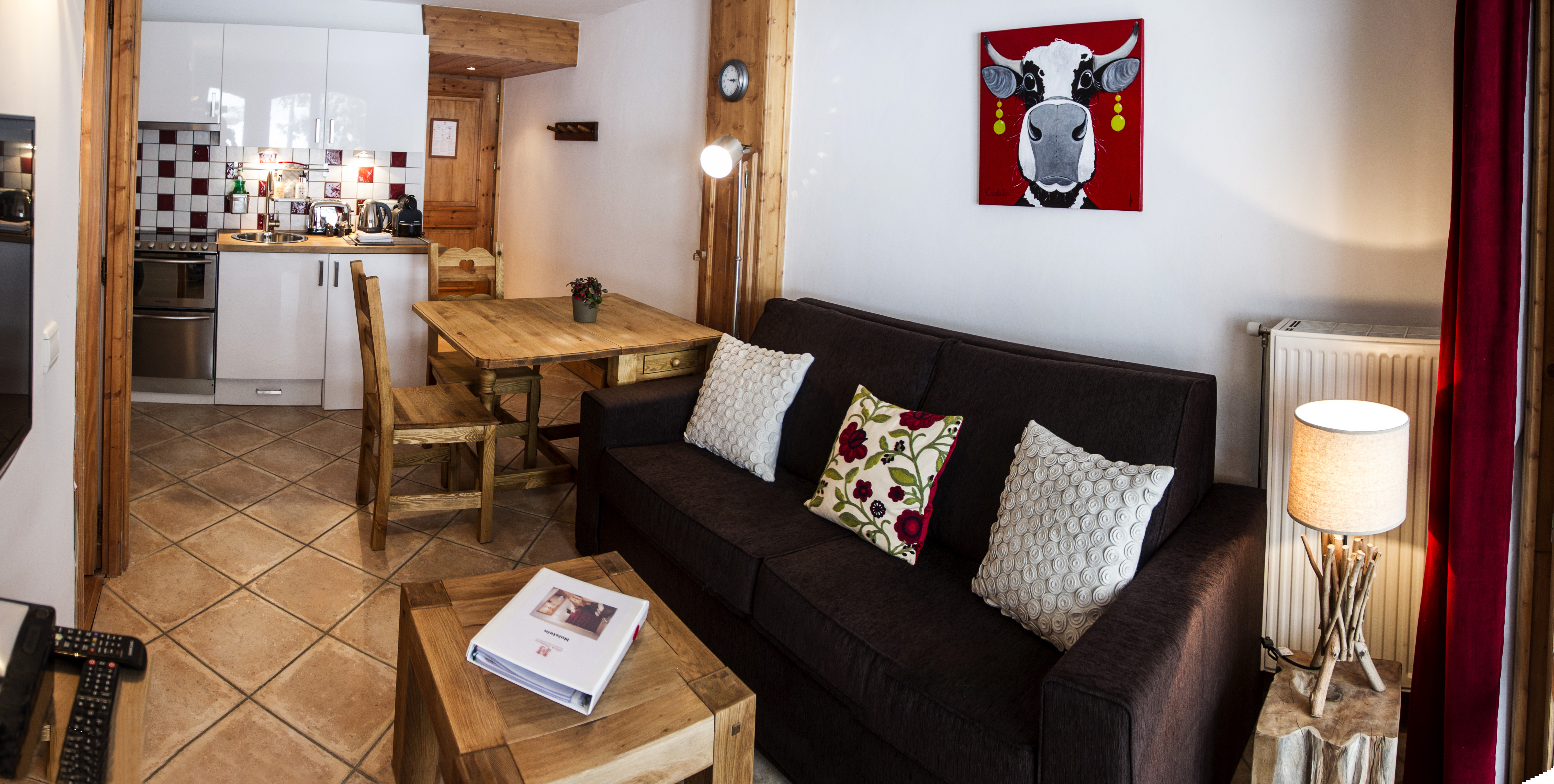 Holstein Living Room Hauts Hameaux Val D'Isere